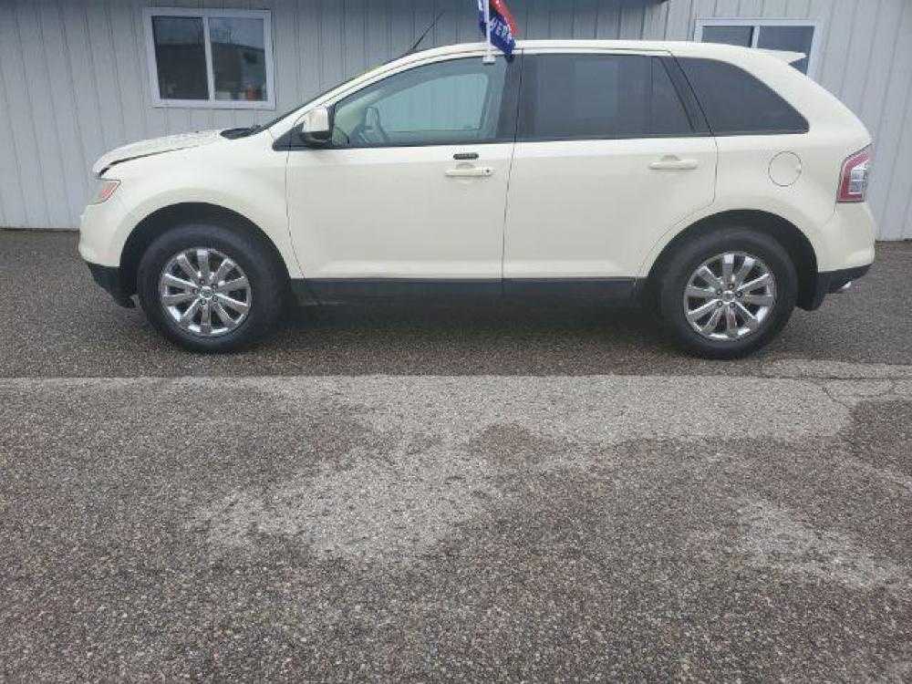 2007 WHITE Ford Edge SEL Plus AWD (2FMDK49C37B) with an 3.5L V6 DOHC 24V engine, 6-Speed Automatic transmission, located at 2372 Hwy 31 N, Petoskey, MI, 49770, (855) 971-9240, 45.404137, -84.874405 - Photo #0